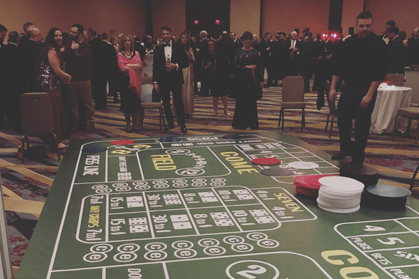 giant craps with dealer at event