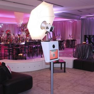 picture perfect photo booth at woodmont country club